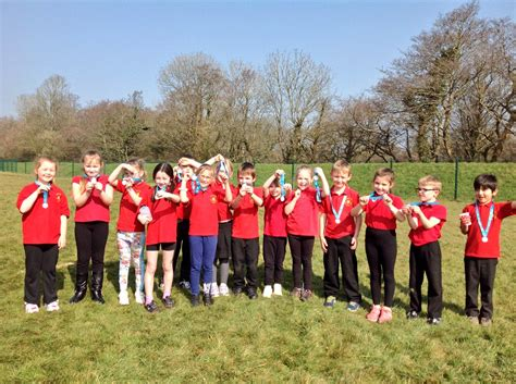 """Ysgol Llys Hywel on Twitter: """"Our 'Race for Life' pupils"""
