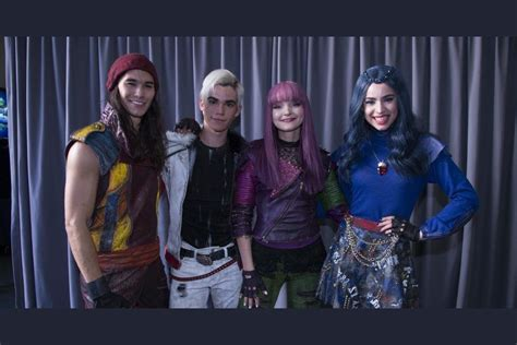 Quiz: Finish the Lyric 'Space Between' from 'Descendants 2'