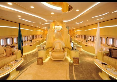 FLYING HOUSE: Luxury Private Jet Interiors