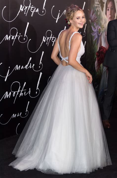 Jennifer Lawrence may have started a fall 2017 wedding