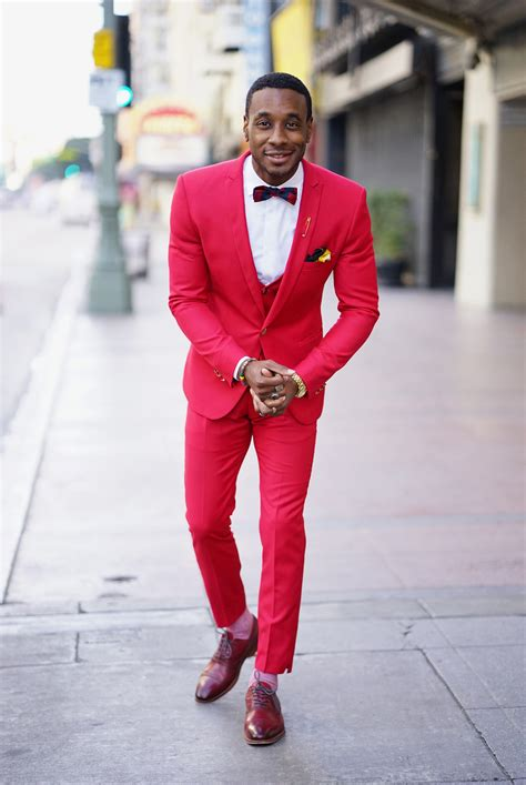 OOTD: RED 3 PIECE SUIT IN BUSINESS ATTIRE – Norris Danta Ford